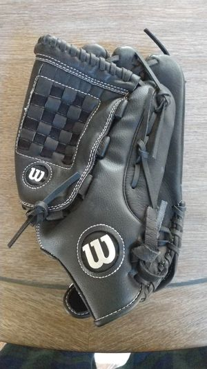 Wilson Softball Glove for Sale in Lewisville, NC