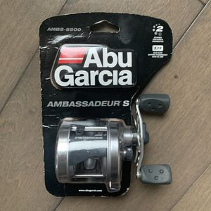 Abu Garcia Ambassadeur 5500S Baitcast Fishing Reel BRAND NEW for Sale in Stanwood, WA