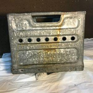 Vintage milk crate for Sale in Muncy, PA