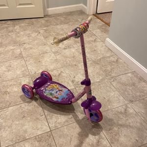Disney Princess Scooter for Sale in Burlington, MA