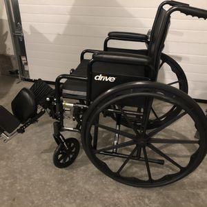 Drive Silver Sport 2 Dual Axle Wheelchair for Sale in Ridgefield, WA