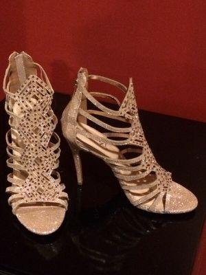 Like New Gently Worn Tan Gold Shimmer Heels for Sale in Detroit, MI