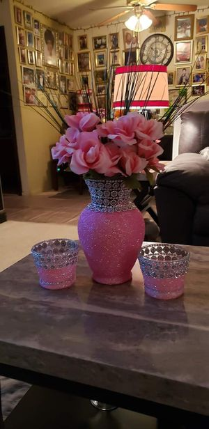 Custom vase with matching candles for Sale in St. Louis, MO