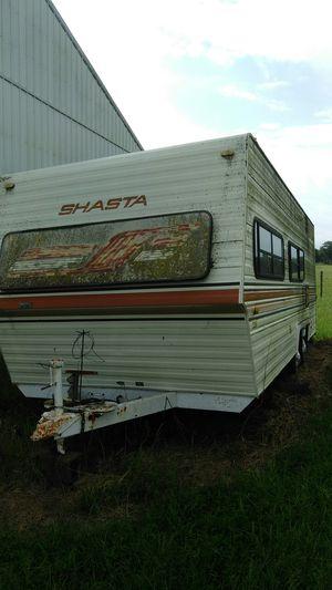 1983 25ft Shasta travel trailer for Sale in Greenwood, DE