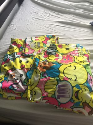 Queen size Fitted Sheet emoji used once only for Sale in Miramar, FL