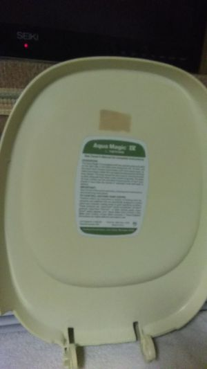 Accu magic 4 iv rv toilet seat cover only for Sale in Las Vegas, NV