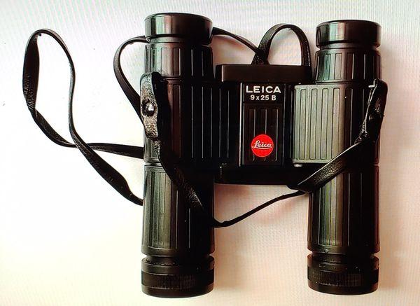 German Leica 9×25B Binoculars with Case