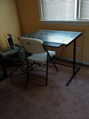 Office desk & chair for Sale in Virginia Beach, VA