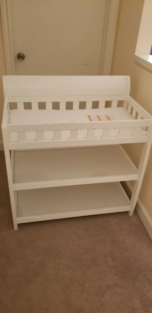 2 shelf changing table for Sale in Laguna Niguel, CA