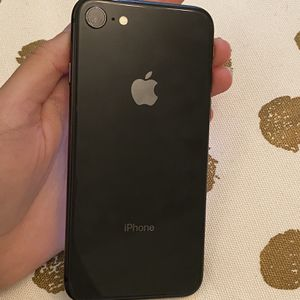 Black iPhone 8 64g for Sale in Brooklyn, NY