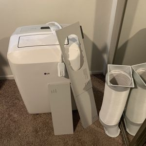 Portable AC for up to 200 sq ft room for Sale in Los Angeles, CA