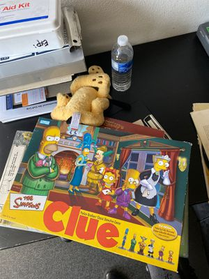 The Simpson clue board game for Sale in Maywood, CA