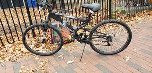26in mens mountain bike for Sale in Providence, RI