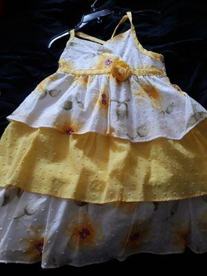 Girls flower print dress. Never worn for Sale in Hawthorne, CA