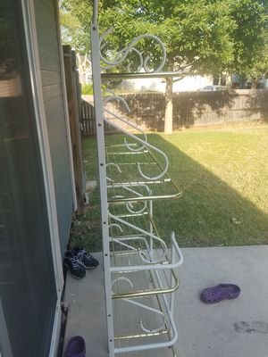 Baker rack and Table. for Sale in San Antonio, TX