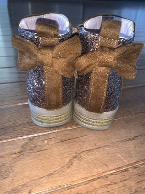 Girls toddler size 7 brown zip up boots piper for Sale in Newtown Square, PA