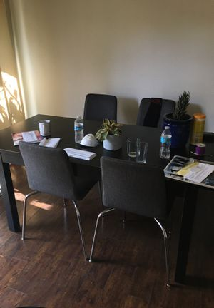 Dining room table and 4 chairs for Sale in Montclair, CA