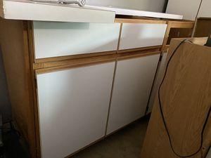 Free kitchen cabinets for Sale in Schaumburg, IL