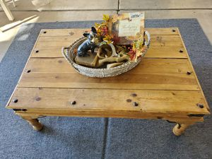 Rustic coffee table for Sale in Tempe, AZ