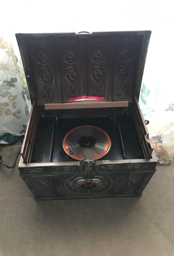 Treasure chest cd/ line in player