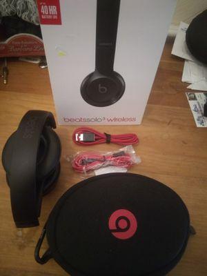 Beats solo 3 wireless black for Sale in Houston, TX
