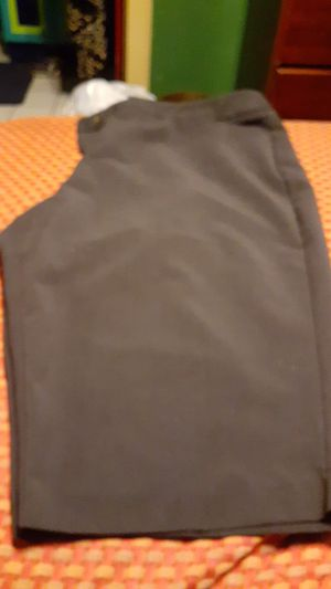 Womans long dressy shorts size 20 for Sale in San Antonio, TX