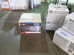 LG 8000 BTU room air conditioner for Sale in Phoenix, AZ