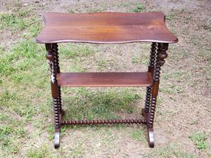 Antique Walnut occasional table for Sale in Umatilla, FL