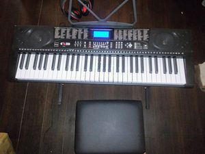 New teaching keyboard / elect Piano for Sale in Calhoun, GA
