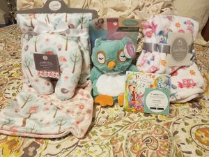Baby girl owl lot for Sale in Poulsbo, WA