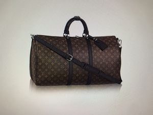 Louis Vuitton Keepall Monogram Duffle bag for Sale in Dearborn Heights, MI