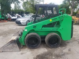 Bobcat sky steer S130 año 2012 diésel solo 1480 horas for Sale in Miami, FL