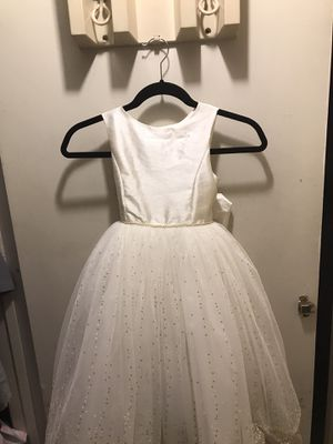 David's bridal flower girl dresses for Sale in Sylmar, CA
