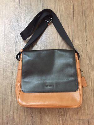 Coach Messenger Bag (Men's) for Sale in Phoenix, AZ