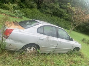 Hyundai Elantra NEED GONE ASAP for Sale in Lillington, NC