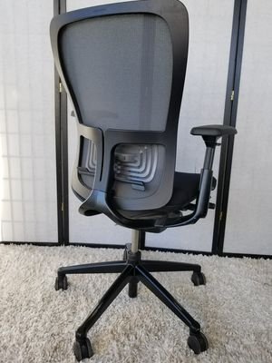 Executive office chair for Sale in Las Vegas, NV