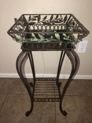 New beautiful plant holder $30 firm for Sale in Phoenix, AZ