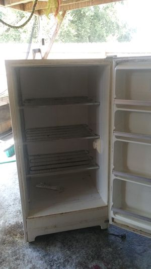 Upright freezer and a craftman generator 7500 watts for Sale in Port Richey, FL
