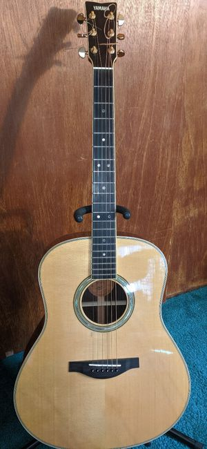Yamaha LL16L - Left Handed all solid wood acoustic for Sale in Tacoma, WA