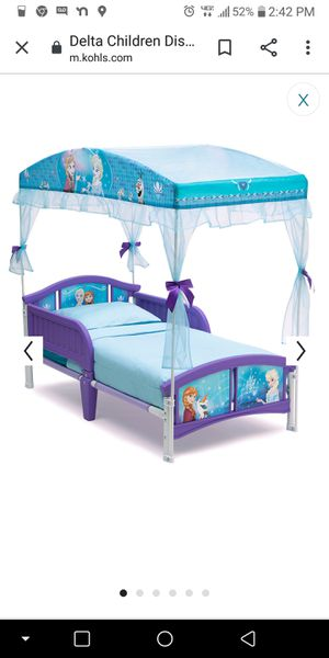 Toddler frozen bed with canopy for Sale in St. Petersburg, FL