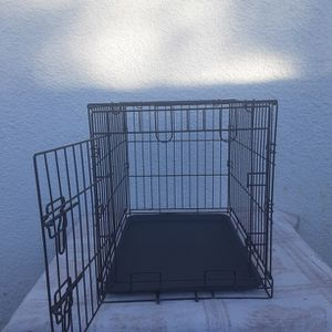 Dog Kennel for Sale in Tampa, FL