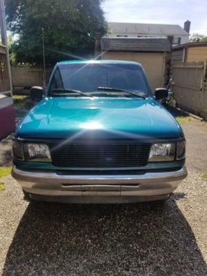 94 FORD RANGER EXTENDED CAB 57K MILES, CLEAN TITLE AND CHEAP $2500 OBO for Sale in Camden, NJ