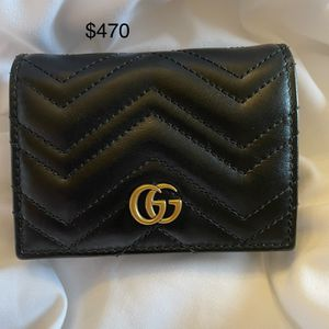 Gucci GG Marmont 2.0 Card Case-wallet- Black for Sale in Vancouver, WA
