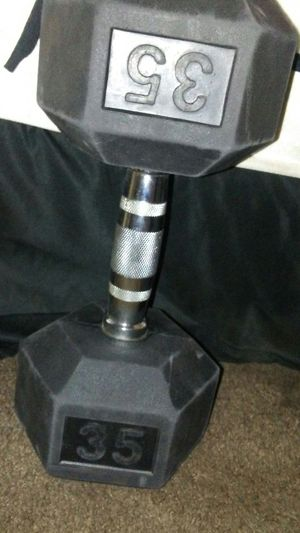 Brand new dumbbell for sell 35 pound for Sale in Grand Terrace, CA