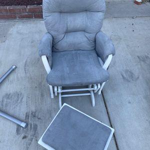 Rocking Chair for Sale in San Bernardino, CA