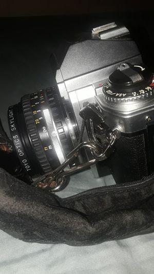 Nikon fj ,and a bonus minolta 140ex and a vivitar dx for Sale in Wilmette, IL