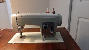 Sears Kenmore sewing machine for Sale in Tamarac, FL