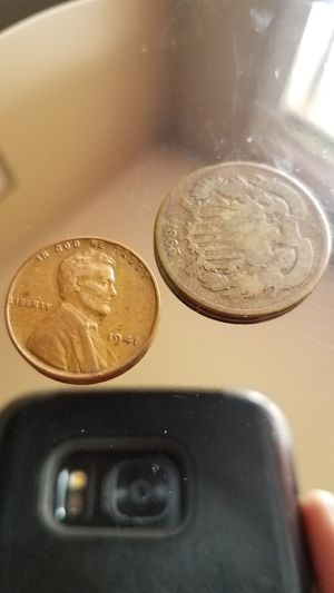 1865 2 cent shield penny coin 1941 wheat Penny Lincoln for Sale in Clarksville, TN