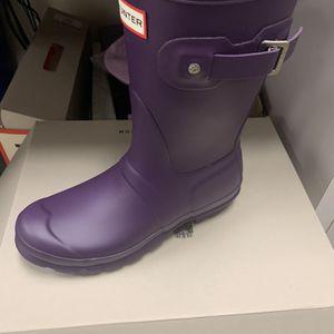 HUNTER Original Short Waterproof Rain Boots / Cavendish Bue Blue, Looks Like An Eggplant Purple / Size 7 for Sale in Marina del Rey, CA