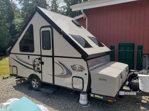 Viking by Forest River hard side A-frame trailer for Sale in Auburn, WA